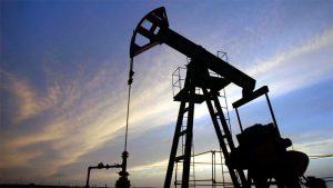 Una segunda ola de COVID-19 hundiría los precios del petróleo