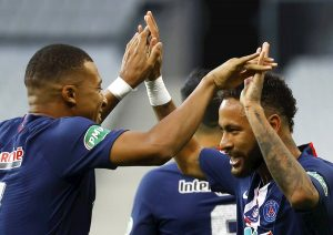 Neymar devuelve la Copa de Francia al PSG y Mbappe se lesiona