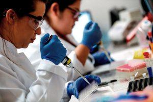 Alianza busca rango de precios para vacunas COVID-19, dice 40 dólares sería lo máximo