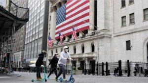 Wall Street cierra en rojo y el Dow pierde 0,56 % en un jornada de cierre