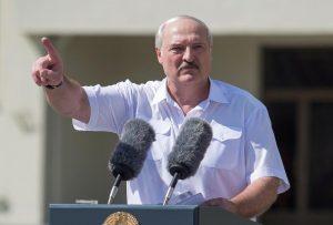 Lukashenko, dispuesto a compartir el poder pero no bajo la presión de las protestas