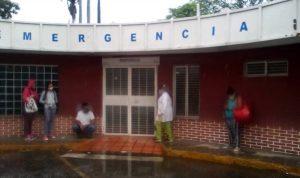 Trabajadores del ambulatorio «Los Guayos» en Carabobo denuncian que deben reutilizar materiales de bioseguridad