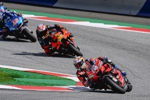 Dovizioso refrenda su despedida de Ducati con una victoria