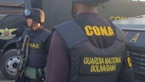 Detienen a exjueza Nidia Cuartin madre del diputado Armando Armas