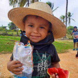 Fundación Escribiendo Sonrisas atiende con ayuda social a comunidades de la Guajira