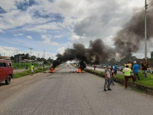 Ciudadanos protestaron en Maturín por escasez de combustible