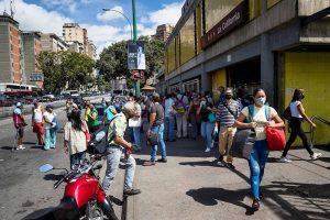 Continúan disminuyendo las muertes en Venezuela, pero el país supera los 79 mil contagios por COVID-19