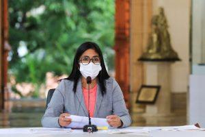 Delcy Rodríguez afirma que un 24 % de los establecimientos comerciales no respetaron la cuarentena esta semana