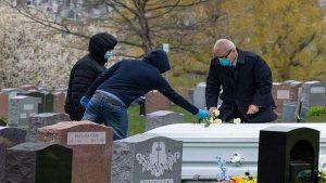 La COVID-19  ha cobrado 161 mil muertos en Estados Unidos