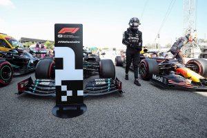 Hamilton lidera los Libres 3; Sainz toma impulso y es cuarto