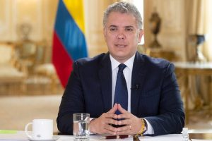 Duque lamenta que a Uribe «no se le permita defenderse en libertad»