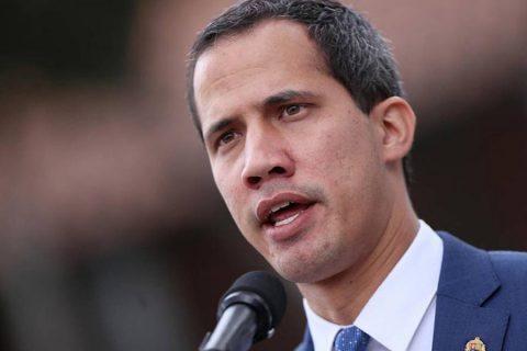 Guaidó pide respaldo ciudadano al prolongar el mandato de su Parlamento