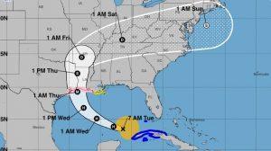 Laura se convierte en huracán en el Golfo de México