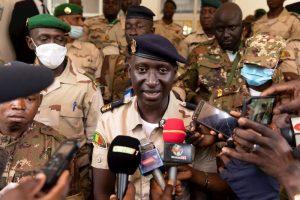 Golpistas en Mali aclaran que no hay fechas ni nombres sobre la transición