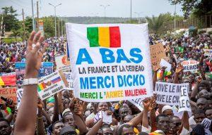 Manifestación afín al presidente maliense derrocado pide su restablecimiento
