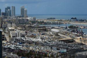El presidente libanés pide al Gobierno dimitido que siga en funciones