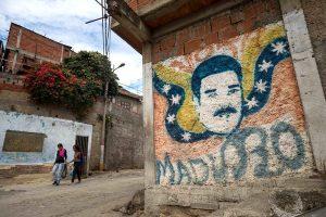 De complot contra China a un virus colombiano, la narrativa venezolana del COVID-19
