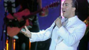 Cristian Castro presenta su primer concierto virtual, tras la muerte de su padre