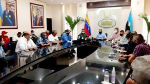 Prieto acordó acciones con el sector avícola para reimpulsar la producción en el Zulia