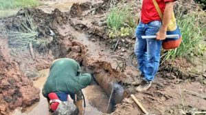 Fugas en tuberías de agua fueron reparadas en Mara y la COL