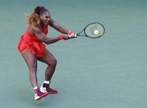 Serena Williams elimina a Stephens y se cita en octavos de final con Sakkari