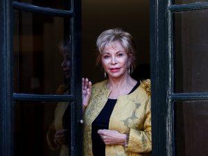 Isabel Allende galardonada con el «Premio Liber 2020» a la mejor autora hispanoamericana