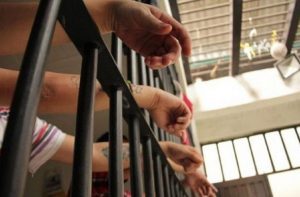 Condenan a 17 venezolanos en Trinidad y Tobago por entrada ilegal