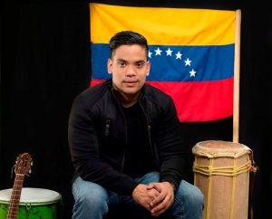 Carlos Lachamann presenta su nueva propuesta musical «Parranda venezolana»