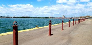 Continúan trabajos en la Cinta Costera en el centro de Maracaibo