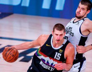 #NBA Jokic revive a Nuggets y fuerzan el séptimo