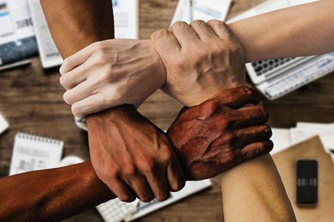 fomento del trabajo en equipo, mejor que «team building»