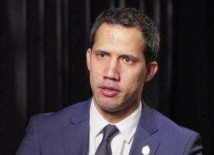Guaidó dice que Parlamento «seguirá firme» hasta que haya «elecciones libres»