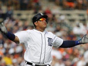 Miguel Cabrera implanta récord al ser el primer bateador derecho  en conectar 100 jonrones por la banda contraria en Grandes Ligas