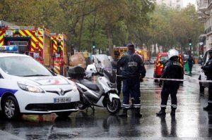 Cuatro apuñalados en ataque en París cerca de antigua oficina de Charlie Hebdo