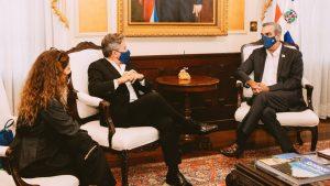 Presidente dominicano le promete a Ricardo Montaner, atender la situación de los venezolanos