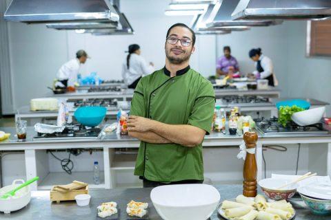 El chef Kiko Jhan impartirá un taller de cocina oriental a familias zulianas vía Zoom