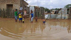 Comienzan a disminuir niveles de agua que causaron inundaciones en La Guajira