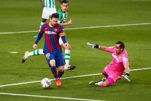 #LaLiga Messi decide saliendo desde el banquillo
