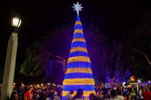 La navidad maracaibera comenzó a brillar desde la Plaza de la República