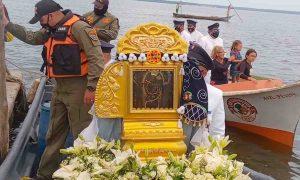 Municipio Mara recibió a «La Virgen Morena» en su procesión Lacustre