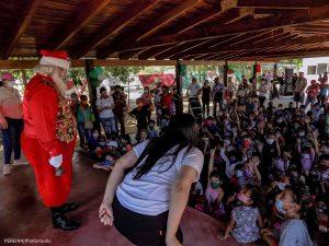 «Alegría en Navidad 2020»: niños de la calle reciben regalos y vuelven a sonreír