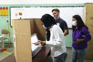 Dieciséis países americanos rechazan los comicios «fraudulentos» de Venezuela