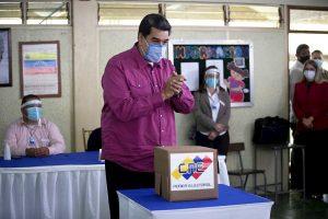 El Reino Unido no reconoce las «ilegítimas» elecciones en Venezuela