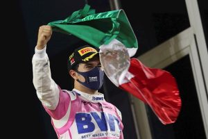 Sergio Pérez gana el Gran Premio de Sakhir, Sainz acaba cuarto en Baréin