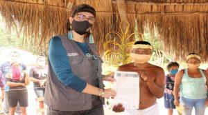 Delegados indígenas votan para escoger a diputados en Parlamento venezolano