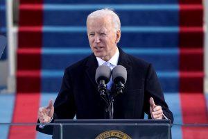 Biden planea convocar una cumbre global para contener la pandemia