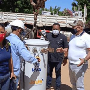 Corpoelec reemplazó transformador dañado en la parroquia Los Cortijos de San Francisco
