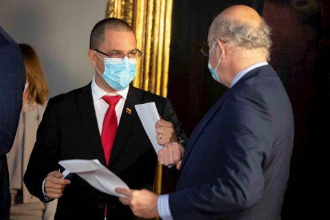 Venezuela entrega notas de protesta a diplomáticos de cuatro países europeos