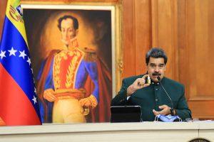 Maduro acusa a Zuckerberg de «abusador» por «censura» a un fármaco sin aval