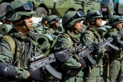 Alertan sobre la posibilidad de nuevos desplazamientos en Apure cuando suman 25 días de enfrentamientos